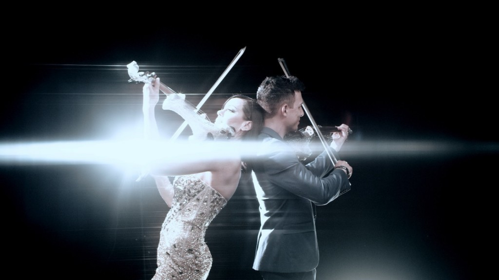 linzi stoppard fuse string duo crystal electric violinists